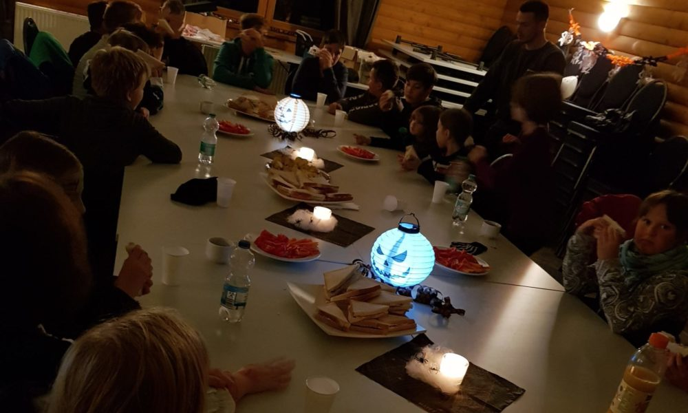 Abendmahl Halloween